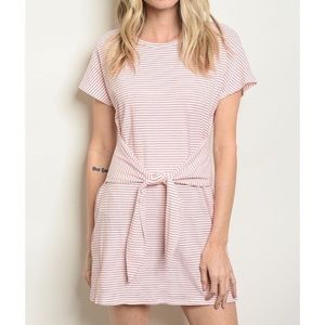 Dresses & Skirts - Tie Front Dress